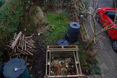 Looking Down on the Front Garden - February 2016 (basswulf) Tags: uk england garden unmodified lenstagged oxford compost 32 1855mmf3556g frontgarden compostbin d40 3008x2000 permissions:licence=c image:ratio=32 201602 normcres lookingdownonthegarden 20160217