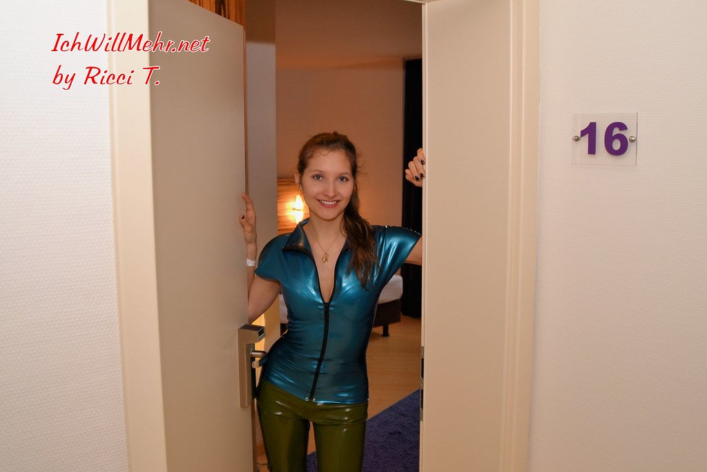 The world 39 s best photos of latex and shopping flickr for Designhotel kamen