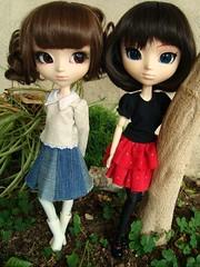 Cosette y Jodie (Lunalila1) Tags: cosette outfit doll handmade groove pullip asuka midori costura beauvoir fukasawa junplaning