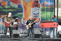 Play on (dangr.dave) Tags: musicians drums mainstreet downtown texas bass guitar tx band piano fortworth bluemoon cowtown sundancesquare mainstreetartsfestival tarrantcounty panthercity mainstreetartsfest bobbycounts jasstephens johnnielatham johnnieredtheroosters