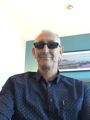 Brighton (Roy Richard Llowarch) Tags: travel sea party fab england english shopping walking fun sussex seaside spring mod bars brighton westsussex walk gb shops british pubs brightonbeach mods brightonpier brightonandhove brightonhove brightonsussex llowarch royllowarch royrichardllowarch