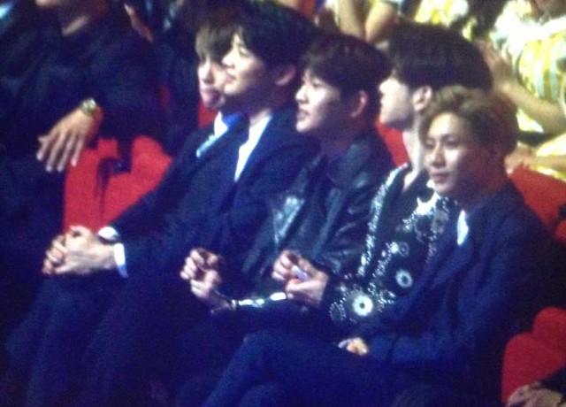 160329 SHINee @ 2016 KU Asia Music Awards' 25920567360_fc3cce2155_z