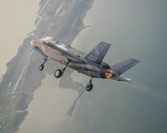 F-35B Near NAS Patuxent River, Maryland (Lockheed Martin) Tags: marine aviation hover f35 stovl f35lightningii naspatuxentriver f35b
