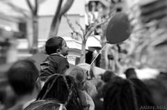 People (esteveb) Tags: street people monochrome lensbaby crowd carrer blancinegre d7000