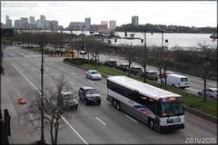 MCI (Motor Coach Industries International) D4500CT - NJ Transit n°7338 (Semvatac) Tags: newyork bus photo manhattan métro broadway 12thavenue transportencommun tramway 132 njtransit étatsunis d4500ct semvatac mcimotorcoachindustriesinternational 028ps4 oya9701