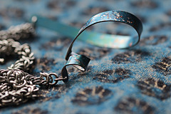 Twist (alison's daily photo) Tags: macro necklace twist macromondays anodisedaluminium image28100 100xthe2016edition 100x2016