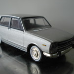 LV-49b NISSAN SKYLINE 1800 Deluxe (Silver)