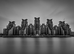 St George's Wharf (Robgreen13) Tags: uk longexposure bw london mono riverthames vauxhall stopper ndfilters stgeorgeswharf