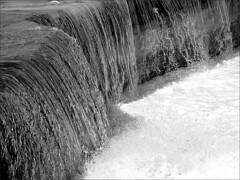 Natural hydromassage (imbroglionefiorentino) Tags: blackandwhite bw canon blackwhite flickr mare campania bn ixus explore aprile bianconero molo cilento 2016 santamariadicastellabate explored fluidr flickrclickx canonixus155