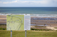 Omaha Beach, Colleville-sur-Mer, Normandie, France (Thierry Hoppe) Tags: france beach sign stand german diagram normandie signpost stronghold dday invasion debarquement omahabeach collevillesurmer wn62 widerstandsnest62