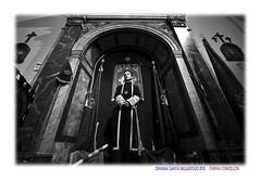 El iconoclasta (Chema Concellon) Tags: portrait people blackandwhite espaa blancoynegro easter spain europa europe arte gente retrato iglesia valladolid turismo cultura templo fotgrafo nazareno semanasanta 2012 contrapicado tradicin castilla fotografa cofrade penitente procesin hollyweek castillaylen religin robado hornacina devocin cofrada hbito mircolessanto vacrucisprocesional chemaconcelln iconoclasta penitencial valladolidcofrade recintoreligioso nuestropadrejessnazareno iglesiadejess
