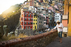 The man and the seagull (Johan.Gerhardsen) Tags: life travel friends light summer vacation italy sun love colors colours terre cinqueterre interrail cinque riomaggiore discover 2015