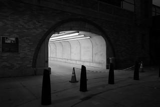 Tunnel, monochrome test