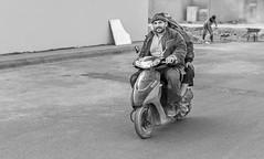 Buddy.. (Ammar Crazzy) Tags: streets art nikon sigma riyadh ksa d810 35mm14