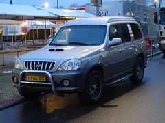 2004 Hyundai Terracan Van (harry_nl) Tags: netherlands nederland van hyundai hilversum 2016 terracan hcar grijskenteken sidecode6 01blds