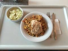 Griechische Reispfanne Gyros Art mit Geflgelfleisch und einem Krautsalat (Canteenary) Tags: gyros krautsalat reis salat geflgel canteenary
