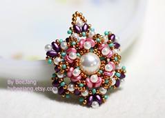 Valere Pendant (BeeJang - Piratchada) Tags: pink green rose gold golden purple czech handmade jewelry pearl miyuki beading pendant beadwork beadweaving superduo