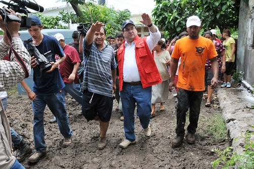 Recorre Javier Duarte zonas afectadas 4
