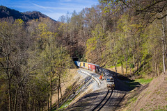 162 in the Loops (Peyton Gupton) Tags: train loop ns norfolk tunnel southern loops tunnels ridgecrest