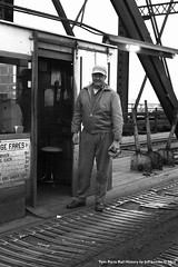 Interstate Bridge Toll Collector  Duluth, MN  1961 (Twin Ports Rail History) Tags: bridge history jeff minnesota by time great machine twin rail railway swing toll interstate draw northern ports gn duluth 1961 collector lemke