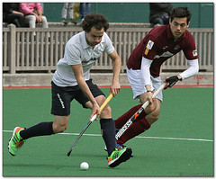 Hockey - 45 (Jose Juan Gurrutxaga) Tags: hockey field sansebastian atletico hierba egara belar file:md5sum=da21597708873bb9fd86ca2ae90a3556 file:sha1sig=b7ada61414182f8ff9d2c5cf14497f2a7a28abbc