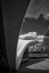 Kurven (Ro-man1) Tags: serpentine pavillon zahahadid kurven