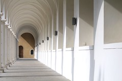 "Der ""Lange Gang"" , Stallhof/Dresden (eulenbilder) Tags: dresden innenhof stallhof arkaden residenzschloss langergang turnierplatz"