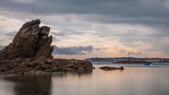 Le rocher (Paul Millet) Tags: sunset mer seascape saint digital canon pose skyscape de landscape eos soleil photo long exposure coucher bretagne 400 nd sortie malo filtre 2016 longue 50d