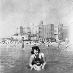 grandmom dad - august 1946 at beach (Doctor Casino) Tags: ocean beach atlanticcity florentine evelynjudygodelgirth