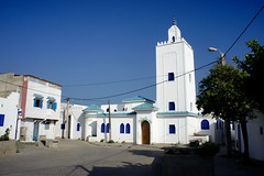 DSC01090 (hofsteej) Tags: lagune lagoon mosque morocco maroc oualidia
