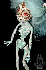Azucar - Skelita repaint (saijanide) Tags: art monster de dead skeleton skull los high mod doll artist dolls day ooak dia sugar muertos customized cinco mayo custom mh calaveras modded repaint skelita saijanide