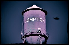 straight outta compton...(HSS) (BillsExplorations) Tags: illinois purple compton watertower ufo aliens flyingsaucer invasion straightouttacompton hss sliderssunday