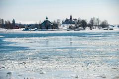 Iced Water (LiveToday84) Tags: trip travel winter sea ice water island boat frozen helsinki north suomenlinna d80