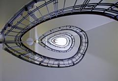 Staircase Swirl (C_MC_FL) Tags: vienna wien woman architecture canon spiral person photography eos fotografie arms pov geometry symmetry pointofview staircase architektur handrail swirl frau tamron spirale treppenhaus gelnder symmetrie arme blickwinkel stiegenhaus symmetrisch 18270 60d b008