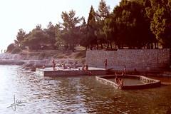 Pore, Joegoslavi (1986) (glanerbrug.info) Tags: strand zee 1986 istri kroati joegoslavi