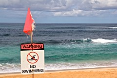 No Swimming (minimi007) Tags: sea sky beach water canon hawaii us day waves oahu wave banzaipipeline canoneos60d canonefs18135mm