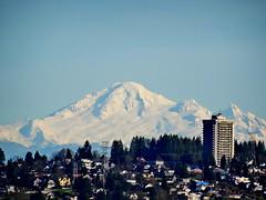 Mount Baker, WA, USA as seen from Vancouver, BC, Canada (peggyhr) Tags: canada vancouver bc mountbaker thegalaxy peggyhr naturesprime level1photographyforrecreation thegalaxyhalloffame thelooklevel1red niceasitgets~level1 niceasitgets~level2 frameit~level01~ frameit~level02~ musictomyeyes~l1 sweetshotlevel1 sweetshotlevel2 super~sixbronzestage1 dsc02902a level1peaceawardsp1
