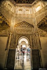 Interior del Saln de Oracin de la Madraza de Granada ( Espaa) (Esmerejon) Tags: granada mocrabes madrasas artemudejar madrazas pocanazar antiguasuniversidadesislmicas