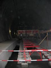 Baustelle des NEAT - Tunnel - Neattunnel bei Blausee im Kandertal im Berner Oberland im Kanton Bern der Schweiz (chrchr_75) Tags: 2004 juni schweiz switzerland suisse swiss tunnel neat christoph svizzera chunnel suissa chrigu chrchr hurni chrchr75 chriguhurni chriguhurnibluemailch hurni040612