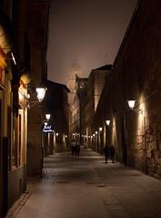 Calle de la Compaa, Salamanca. (martinodigiorno) Tags: spain streetlight mysterious nightscene enigmatic mistery peculiar