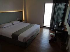 DSC00005 (bigboy2535) Tags: city hotel superb 11 april vs hua hin rs result kanchanaburi nava vana 2016 muangkan