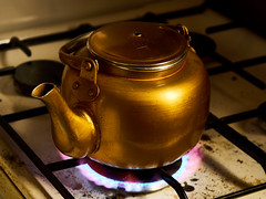 (omaralkamal) Tags: kitchen tea none teapot