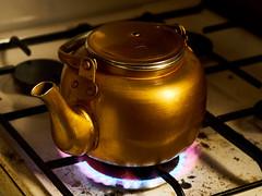 تجربة (omaralkamal) Tags: kitchen tea none teapot شاي مطبخ غاز بوتوغاز بوتوجاز برادشاي بورتوجاز