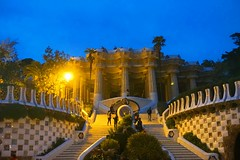Parc Gell - another iconic building designed by Gaudi (PsJeremy) Tags: barcelona house architecture bread ginger spain genius antonigaudi