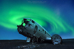 LOST IN ICELAND (FredConcha) Tags: black beach night airplane stars lost iceland nikon crashed tamron dc3 dakota northernlights fredconcha
