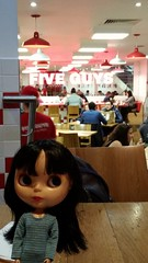 159/366 Five Guys (sozzielou) Tags: red london burgers edna fiveguys 365blythe