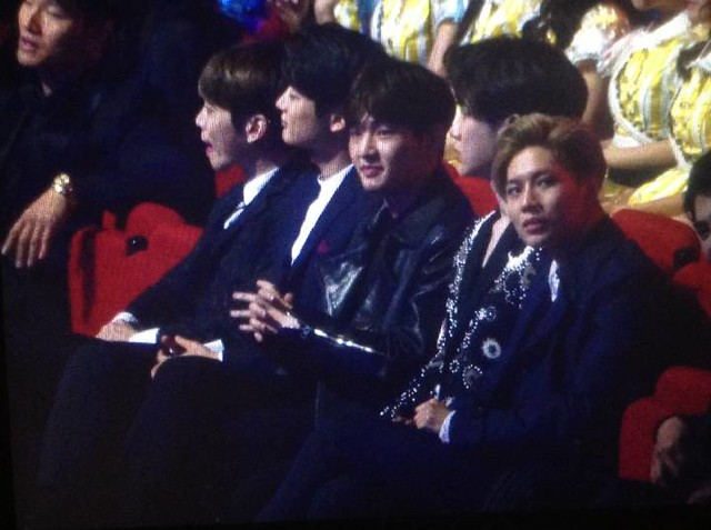 160329 SHINee @ 2016 KU Asia Music Awards' 26193416415_d2a37805b3_z