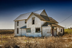 An Unhappy Ending (KPortin) Tags: abandoned abandonedhouse brokenwindows lincolncounty