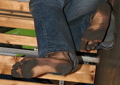 dirty party feet 540 (dirtyfeet6811) Tags: feet barefoot soles dirtyfeet partyfeet dirtysoles