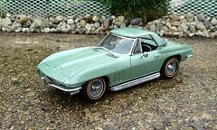 1966 Chevrolet Corvette Sting Ray Convertible (JCarnutz) Tags: chevrolet stingray 1966 corvette diecast 124scale danburymint